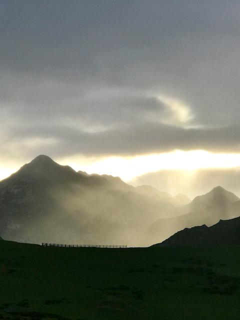 amanecer montaña picos de europa